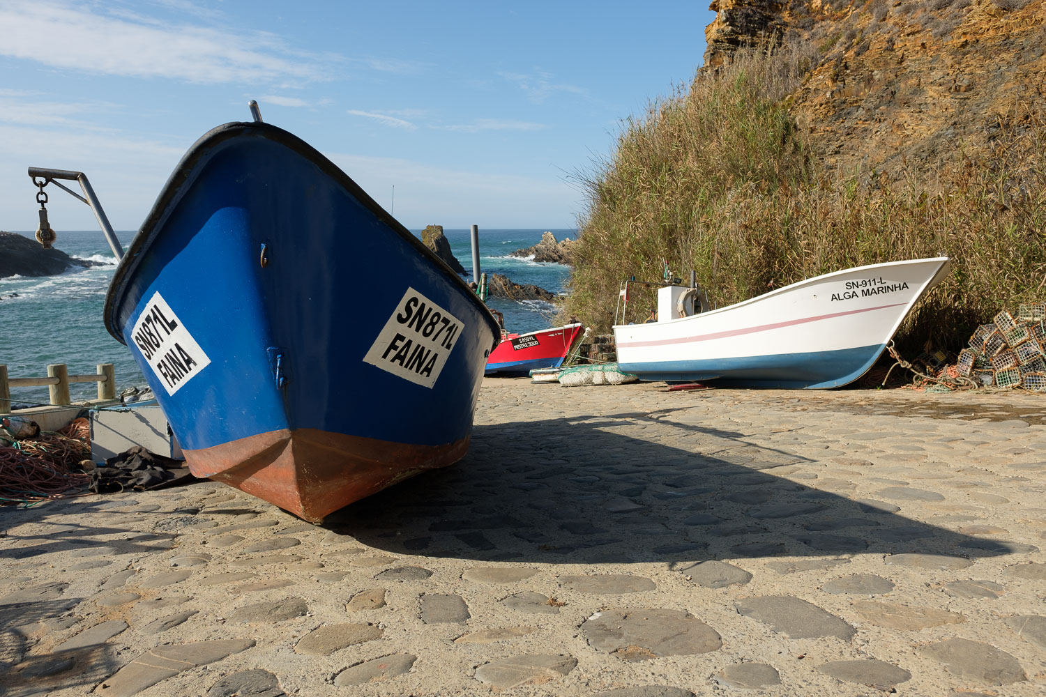 Small fishing harbour - Lapa de Pombas