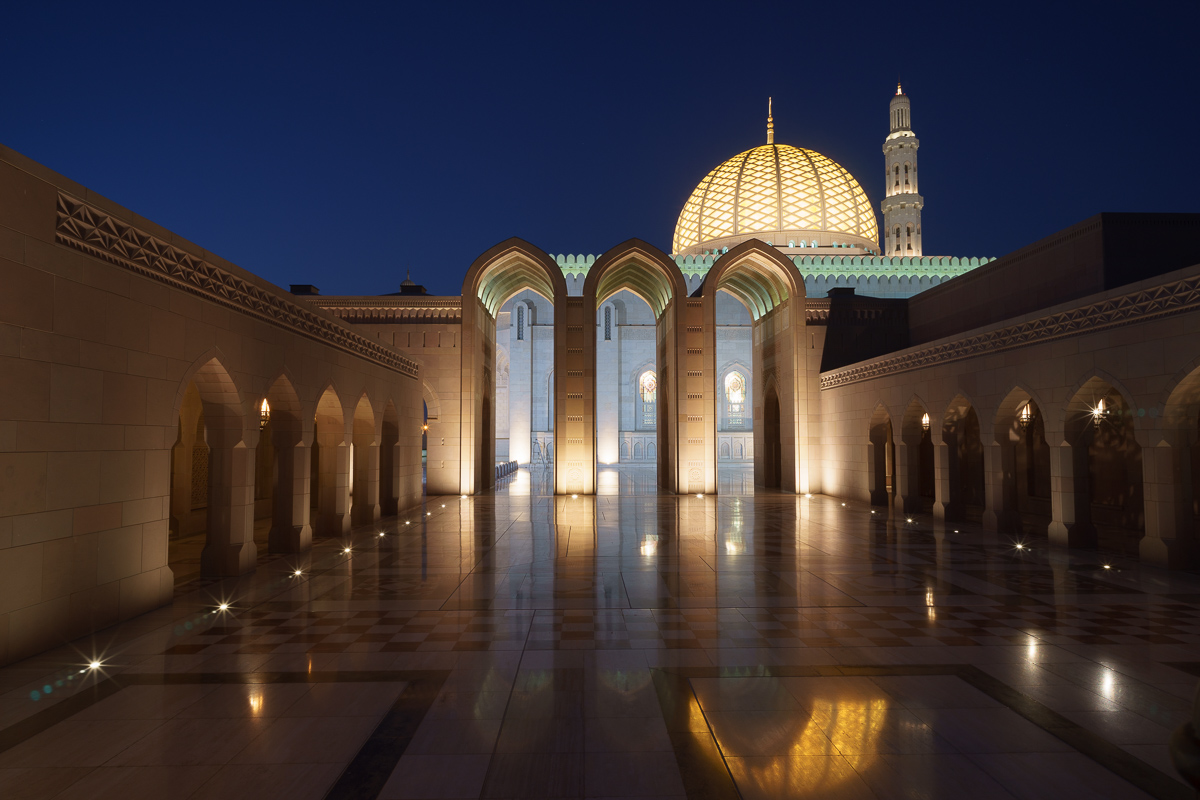 Grand Mosque blue hour